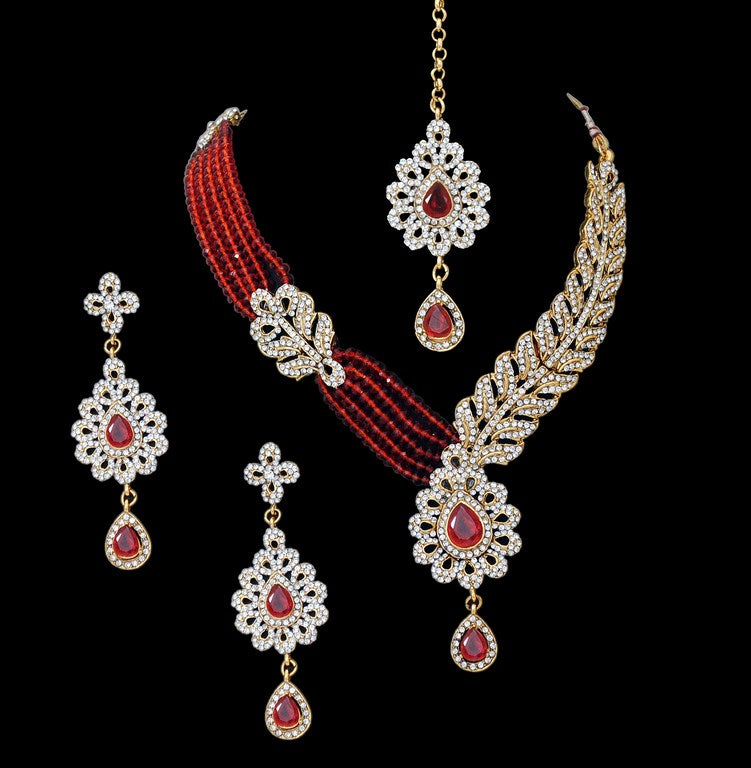 Beautiful hot red and golden diamond and pearl set