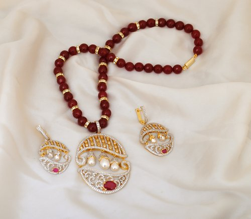 Goldpolish ruby red and white diamond pendent set-1534