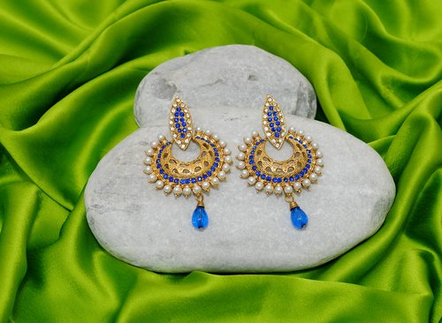 Goldpolish blue and  white earring-2381
