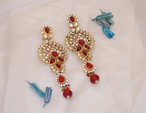 Goldpolish maroon and white earring-2430