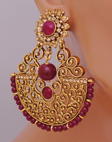 Goldpolish maroon earring-2695