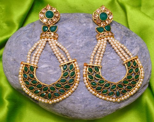 Goldpolish emerald green earring-2752