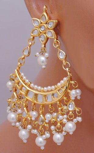 Goldpolish white earring-2771