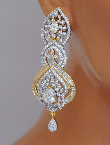 Goldpolish white diamond earring-2781
