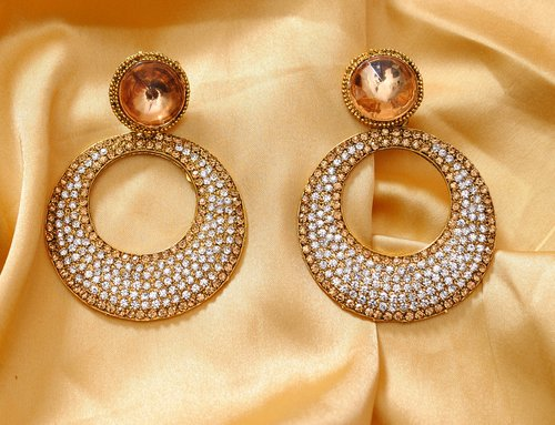 Goldpolish white earring-2789