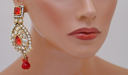 goldpolih red and white earring-2223