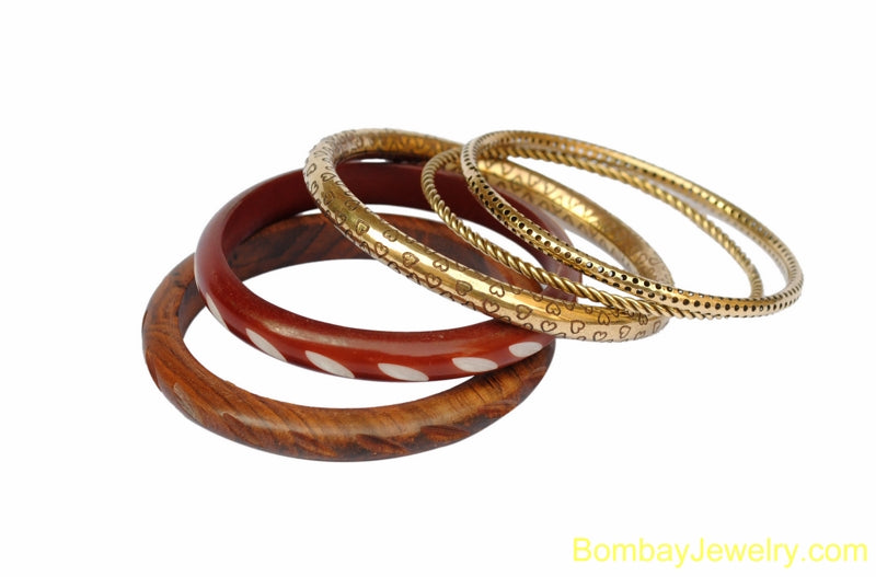 beautiful wood fashion bangle- one size