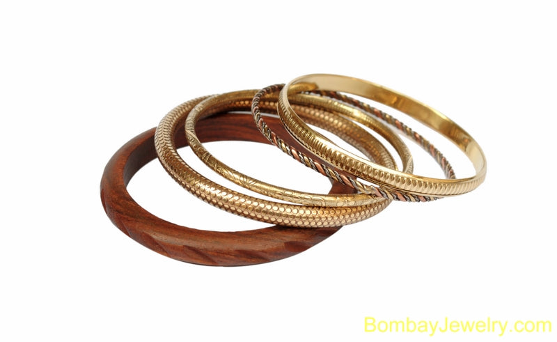 BROWN WOODAD METAL FASHION BANGLE