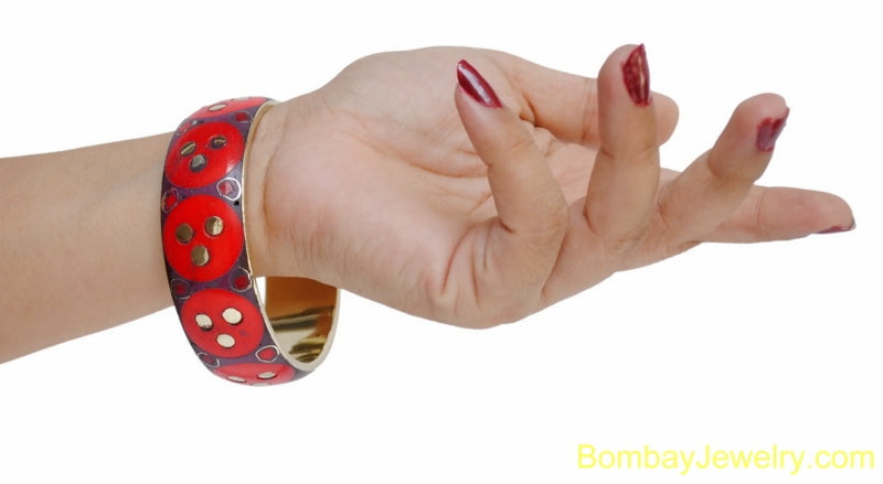 RED AND GOLDEN WOOD AND METAL FASHION BANGLE