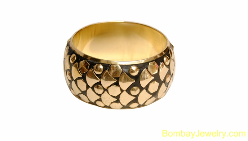 BLACK AND GOLDEN  METAL BANGLE