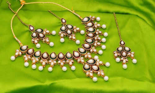 Goldpolish maroon, green and white kundan set-1847
