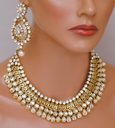 Goldpolish white kundan  set-2123