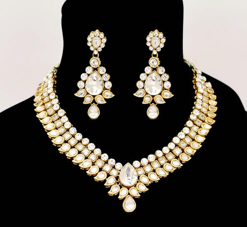 Goldpolish white kundan set-2241