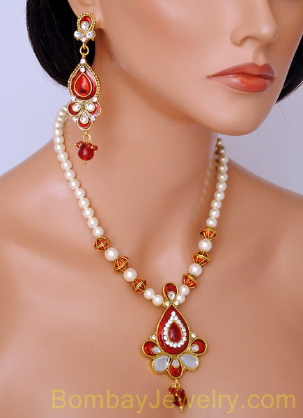 goldplated red and white pearl pendent set