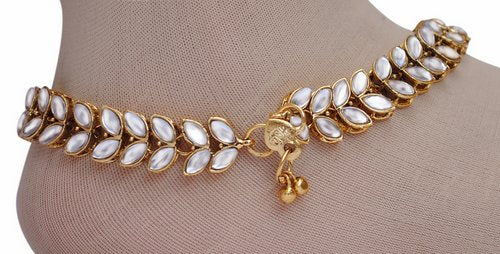 Golden and white anklet-1206