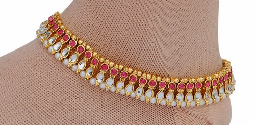Deep pink and golden anklet-1214