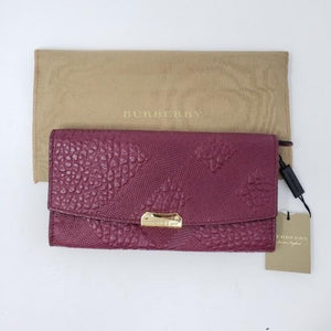 Burberry Grain Leather Bifold Wallet - Luxury Cheaper
