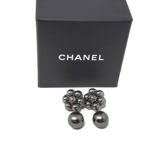 CHANEL Dark Grey CC Pearl Stud Earrings.