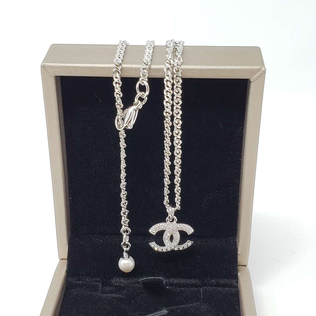Chanel Silver Metal Stone & Pearl Necklace - Luxury Cheaper