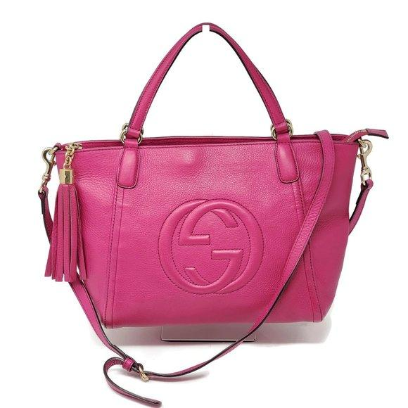 Gucci Soho Fuchsia Leather Crossbody Bag.