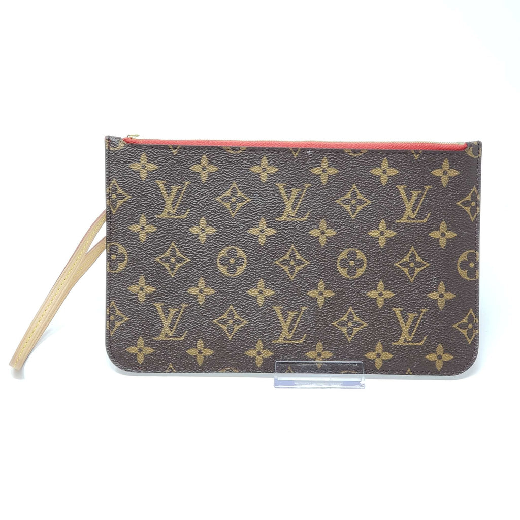 Louis Vuitton Pouch/Wristlet/ Clutch Monogram - Luxury Cheaper