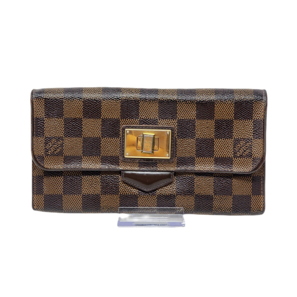 Louis Vuitton  Rosebery Long Wallet/ Clutch.