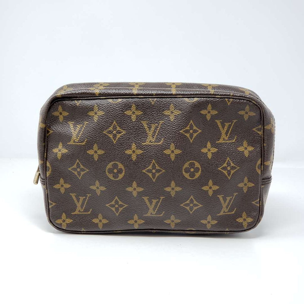 LOUIS VUITTON TROUSSE TOILETTE 23 POUCH - Luxury Cheaper