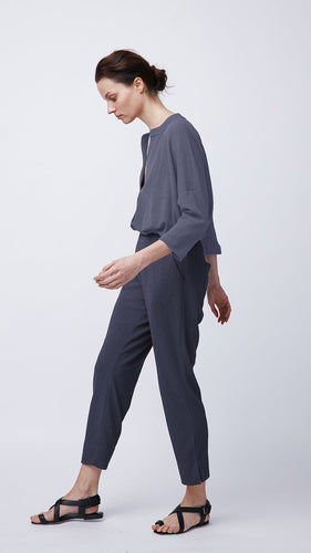 Women's Navy Blue Pull-On Pant by b new york