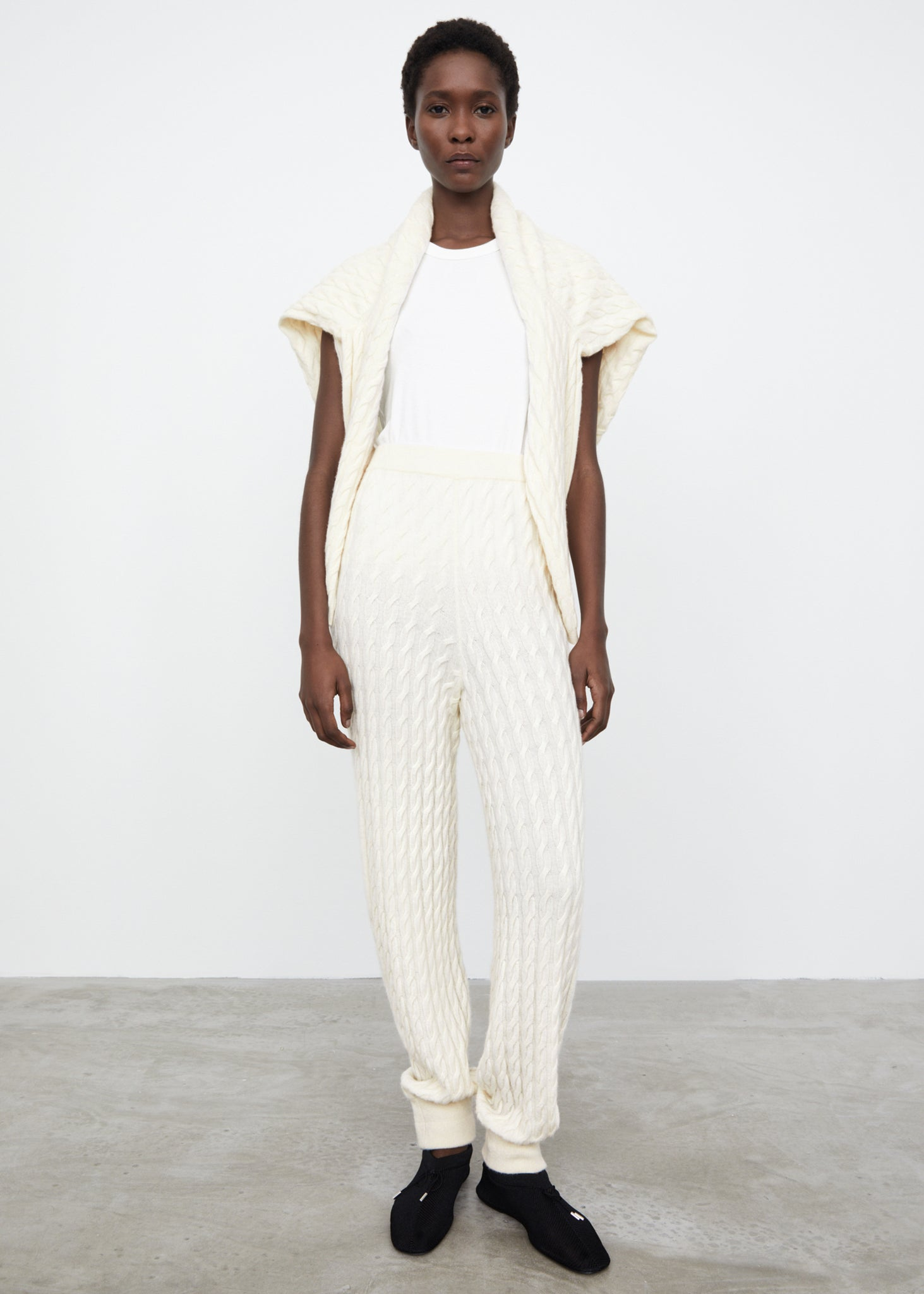 Cashmere cable knit slacks off-white