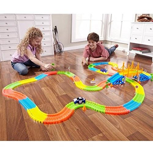 Creative Glow in the Dark Racing Car Set