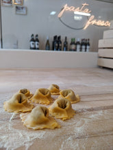 Load image into Gallery viewer, Cappelletti Beef & Parmesan