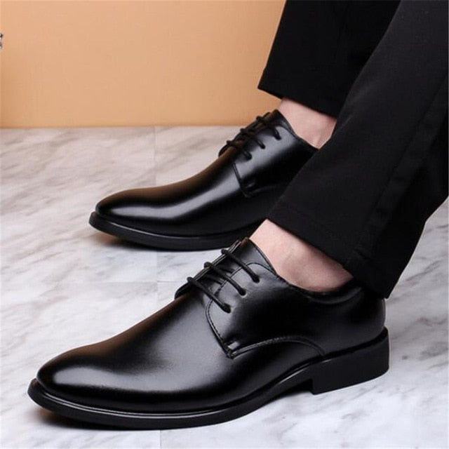 New style men's leather shoes British business trend dress casual men's shoes