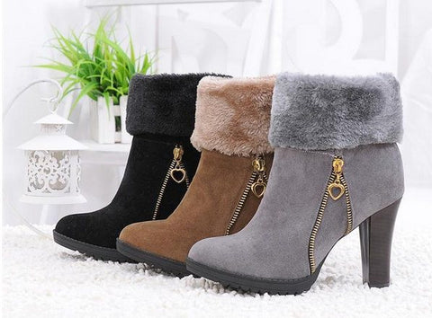 Sexy Slip-On Thick Mid-Calf Chains Decorated Round Toe Snow Boots - 2 Colors