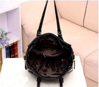 Solid Medium PU Leather Zipper Closure Shoulder Bags with Slot Pocket