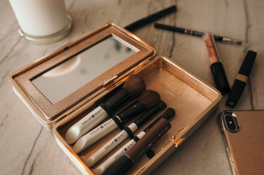 Why You Need to Clean Your Makeup Brushes