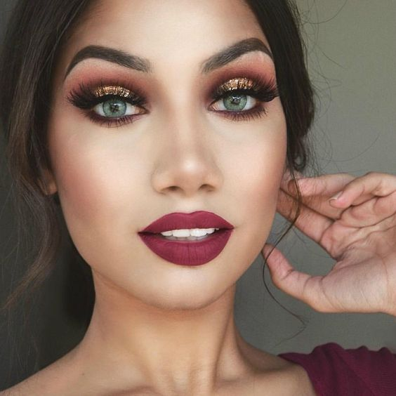 Holiday Party Makeup Look Guide