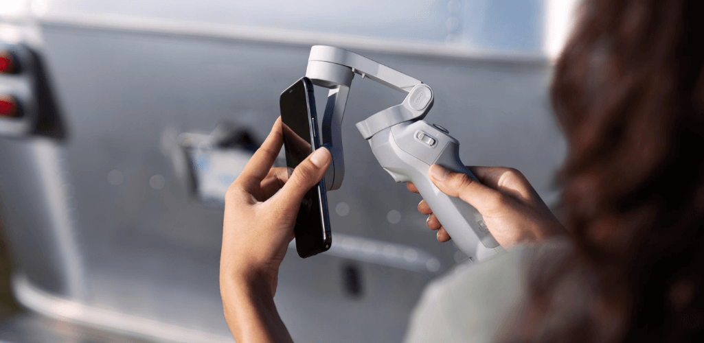 DJI OM 4 has a new magnetic attachment.