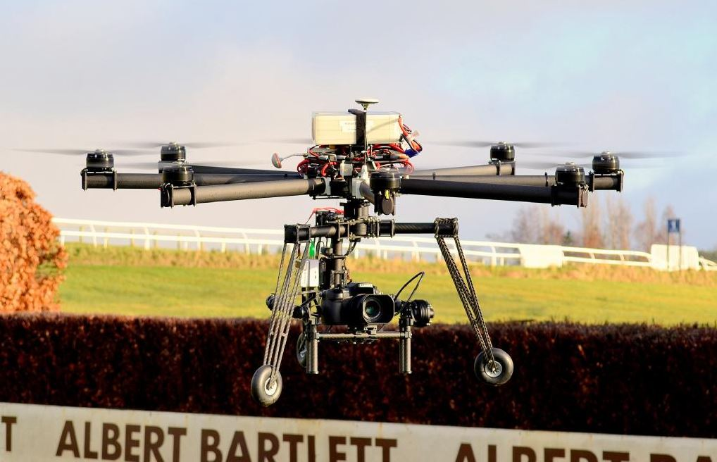 Ikarus at Hexham Racecourse, to be used for Live Broadcast