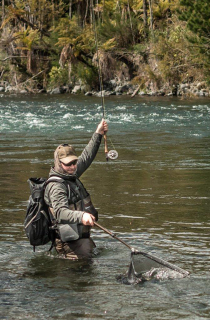 Andrew Harding fishes the Tongariro River with the Scott Meridian NZ Special