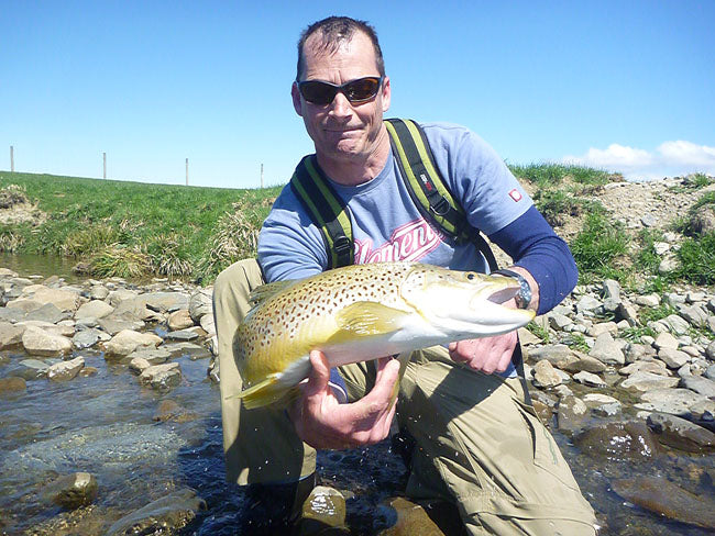 chris dopre fly fishing guide queenstown new zealand