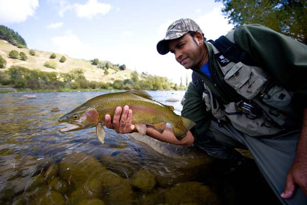 Rob Vaz dry nymph fly fishing new zealand guides north island rainbow trout trophy best place
