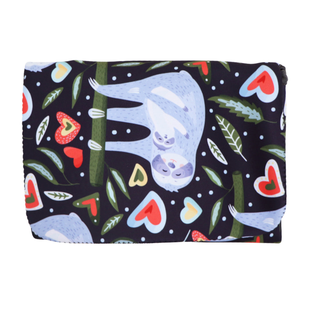 JELLYSTONE DESIGNS CHANGE MAT CLUTCH - SLOTH
