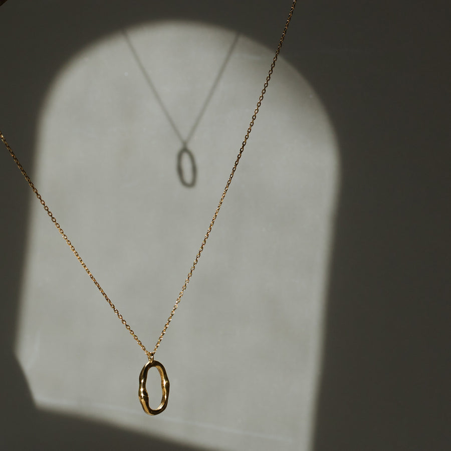 Mara Circle Necklace