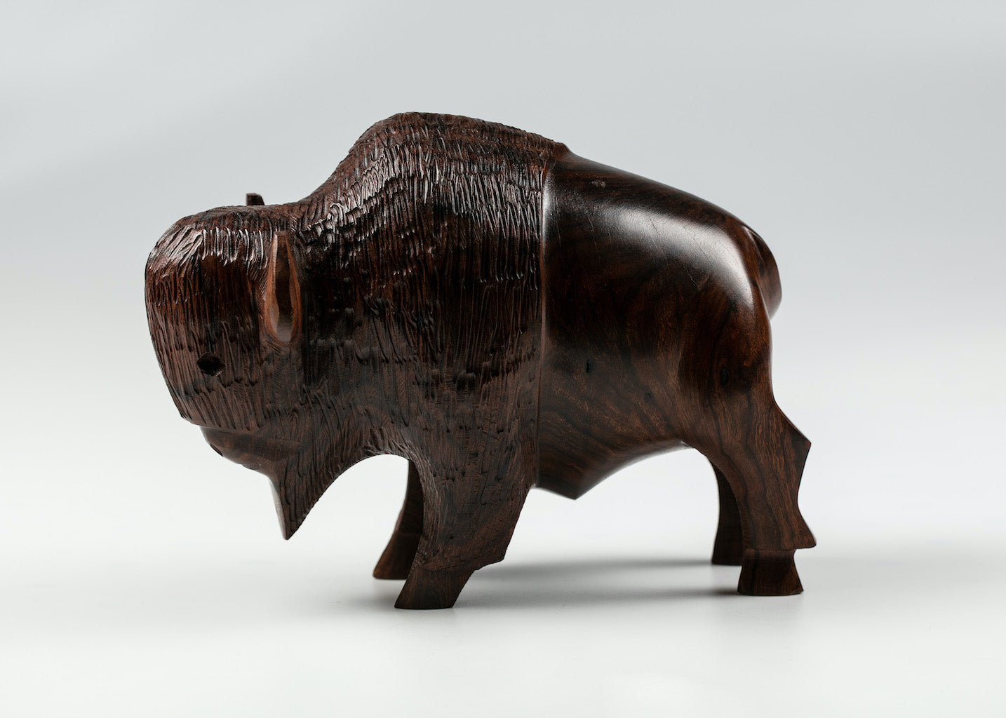 "HANDCARVED IRONWOOD BUFFALO MEDIUM 6"" SIZE"