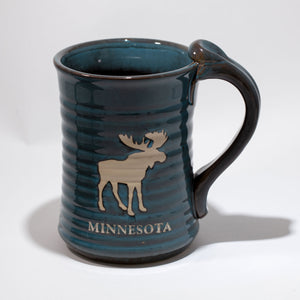 14 OZ MINNESOTA MOOSE ETCH POTTERY MUG