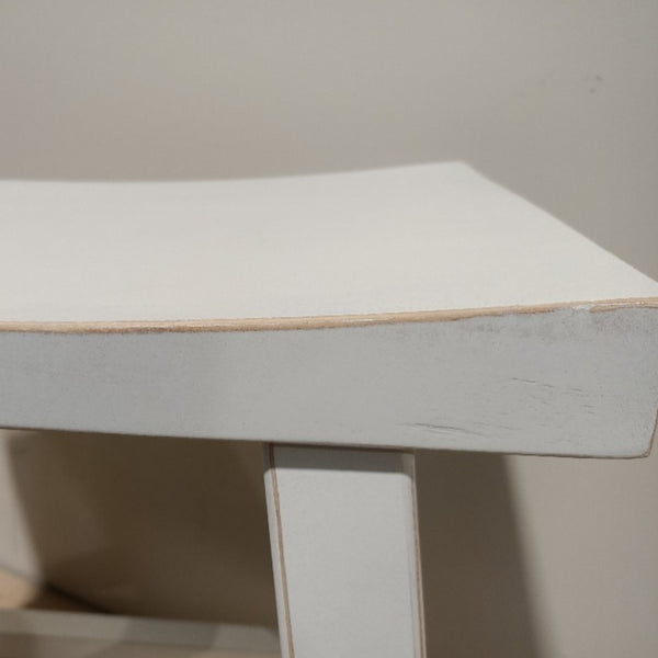 Lacquer Stool SADDLE TOP - LOW