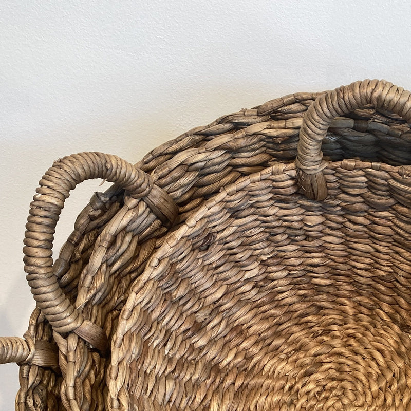 Water Hyacinth Round Low Basket w Handle