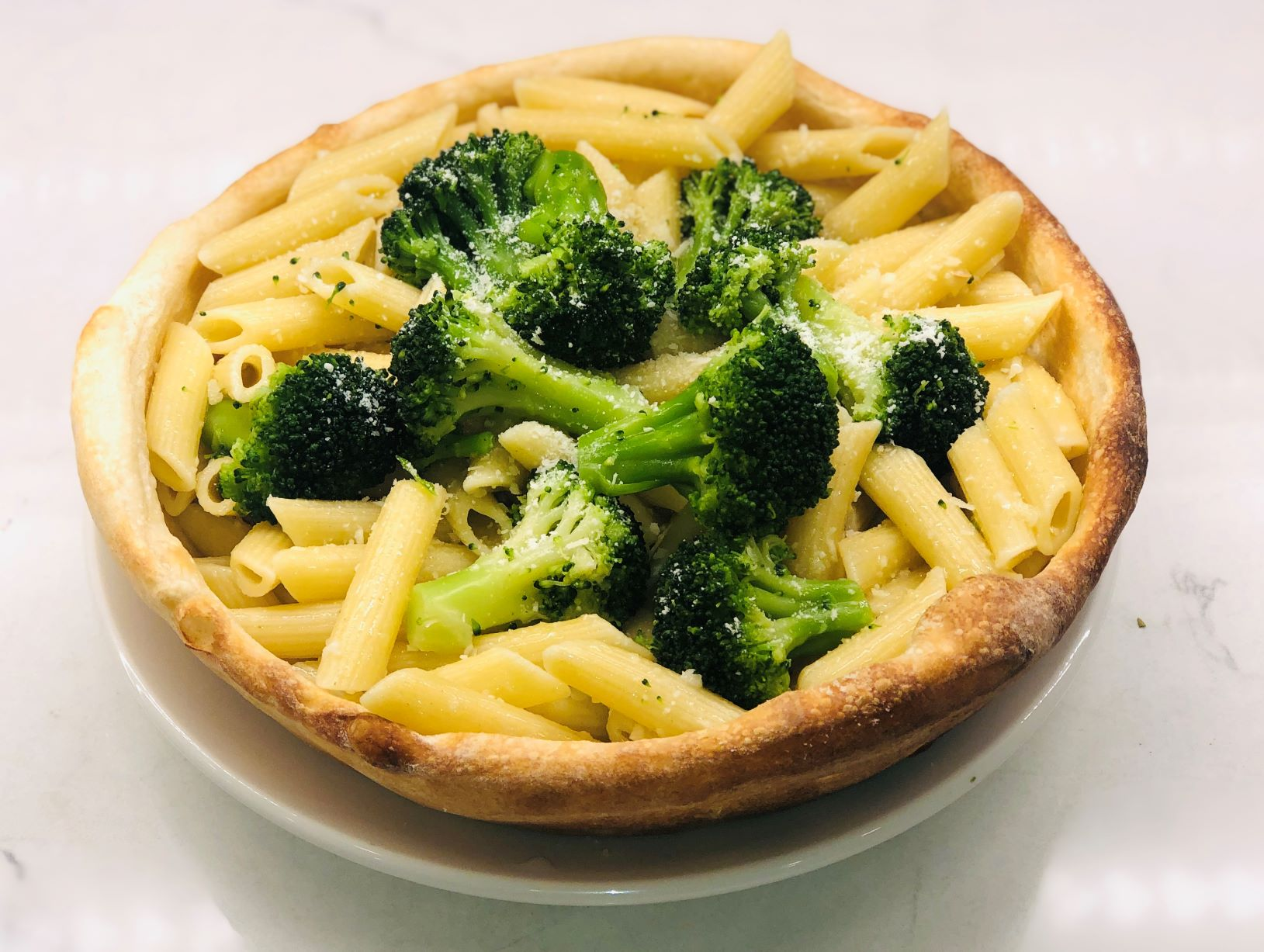 Pasta w/ oil, garlic, & broccoli