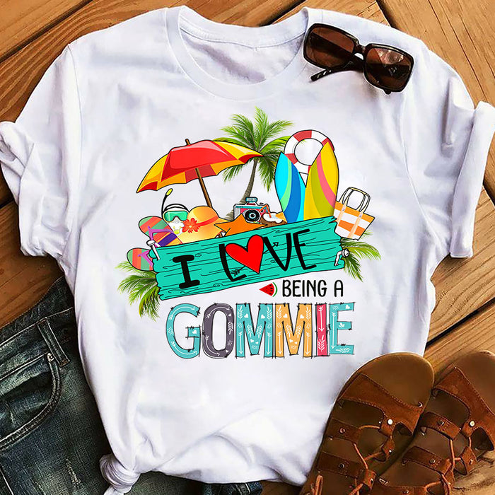 Summer Beach Love Being A Grandma Gommie Mother's Day Gift, Gift For Mom Graphic Unisex T Shirt, Sweatshirt, Hoodie Size S - 5XL