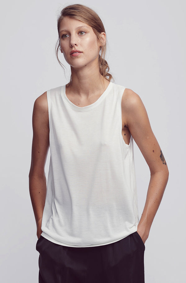 SLEEVELESS TANK WHITE